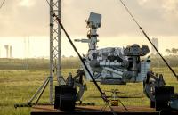 Марсоход и дрон ще изучават Марс