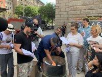 снимка 4 Мая Манолова запали протоколи от изборите пред ЦИК