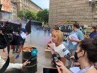 снимка 1 Мая Манолова запали протоколи от изборите пред ЦИК