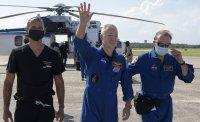 Първи думи на астронавтите на НАСА, завърнали се успешно на Земята