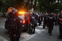 Протестите в САЩ не стихват
