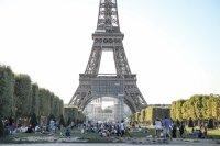 От утре задължителни маски на открито в някои зони на Париж