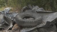 Откриха незаконно сметище от стари гуми и строителни отпадъци край Варна