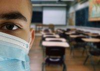 """Гутериш: Светът е пред """"поколенческа катастрофа"""" заради затворените училища"""
