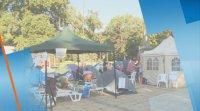 Палатковият лагер и блокадата пред община Варна остават