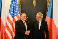 Американският държавен секретар e на визита в Чехия