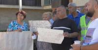 Жители на село Златар излязоха на протест заради липса на вода