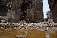 Над 170 жертви на наводнения в Йемен