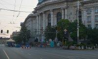Отново са блокирани три ключови кръстовища в центъра на София