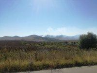 Пожар гори в района на първомайското село Искра
