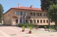 Ден на траур в община Белица след смъртта на баща и син лекари, починали от COVID-19