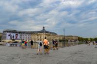 Франция регистрира над 13 000 случая на коронавирус за денонощие