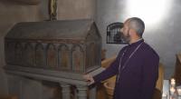 Малък саркофаг във Франция пази частици от Вяра, Надежда и Любов