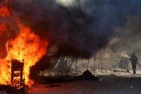 Петима мигранти са арестувани за пожара в бежанския лагер Мориа
