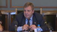 Каракачанов: Следим ситуацията в Егейско море изкъсо