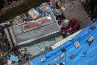 снимка 1 Най-малко 10 души загинаха след срутване на сграда в Индия