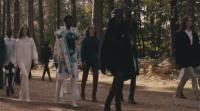 Седмицата на модата в Лондон започна с дефиле в гората