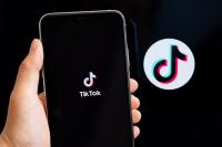 В САЩ вече е забранено свалянето на TikTok и WeChat