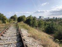 """Младеж загина при опит за селфи над жп линията в столичния квартал """"Дружба"""""""