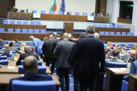 Депутатите приеха окончателно промени в Закона за лечебните заведения