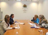 Марияна Николова се срещна с представители на Асоциацията на експертите в туризма