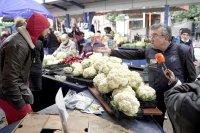 снимка 12 Мамят ли ни с везните на Женския пазар?