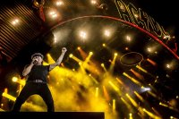 AC/DC се завръщат на сцената?