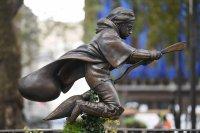 Откриха статуя на Хари Потър в Лондон