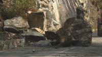 15-тонна скала падна върху пътя за Рилския манастир тази сутрин