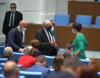снимка 4 Дебат в НС за оставката на Цвета Караянчева