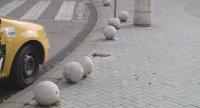 Кола по чудо не прегази пешеходци във Варна