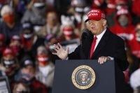 Тръмп: Ако Байдън спечели, ще отмени Коледа