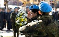 снимка 2 Президентът и министърът на отбраната отдадоха почит към военните парашутисти