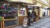 Чехия затваря повечето магазини и ограничава пътуванията