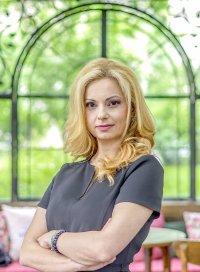 """снимка 2 Аделина Радева ще замества Георги Любенов в """"Денят започва"""" този уикенд"""