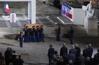 снимка 4 Франция почeтe убития учител по история (Снимки)