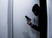 Въоръжен взе заложници в грузинска банка