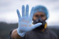 Въпроси и отговори за COVID-19: Кой е контактен и как да съжителстваме със заразен