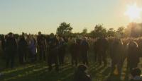 """Небесно шоу в Дания: Хиляди наблюдаваха традиционния """"танц"""" на скорците"""