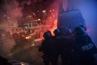 Ожесточени сблъсъци в Италия заради строгите мерки срещу COVID-19