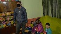 От каква помощ има нужда семейството на самотен баща