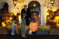 Без лакомства за децата на традиционния прием за Хелоуин в Белия дом