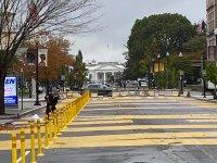 снимка 3 Заковават врати и прозорци във Вашингтон заради очаквани протести в деня на изборите