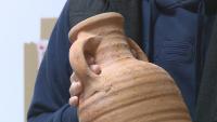 Откриха 3 антични амфори при ремонта на Летния театър в Русе