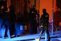 Стрелба в центъра на Виена близо до синагогата, има ранени (Снимки)