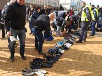 """Протест пред Министерския съвет - """"Изтърканите обувки на 2 милиона българи"""""""