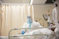 Отново препълнени болници в Италия, лъч надежда от Германия