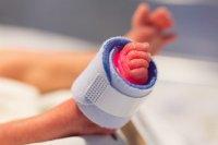 Спасиха бебе с тегло 480 грама в болницата в Стара Загора