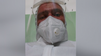 Кореспондентът на БНТ Иван Янев стана доброволец в болницата в Казанлък