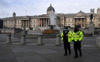 Автомобил се вряза в полицейско управление в Лондон